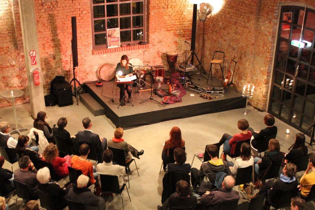 Gelungene Veranstaltung am Tag gegen Gewalt an Frauen in Leipzig